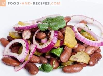 Салати со консерви црвени грав