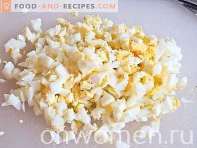 Салата со ракчиња со пченка, јајца и краставици