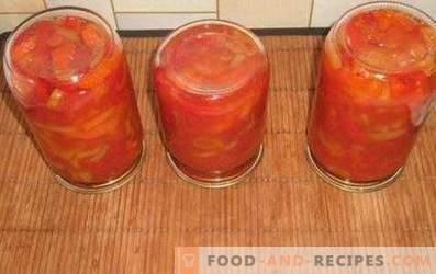 Paprika in Tomatensauce für den Winter