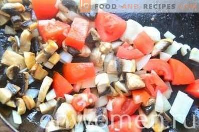 сос од печурки со домати и маслинки