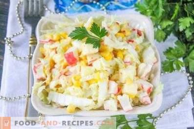 Salată cu varză, porumb și crab