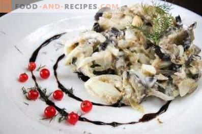 Салати со модри патлиџани, јајца и кисела кромид