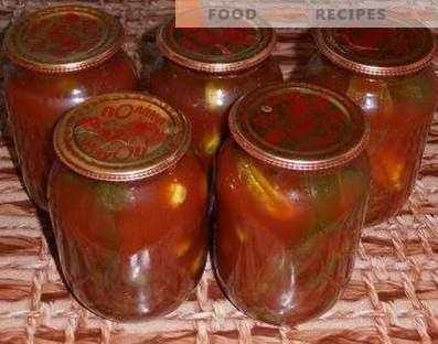 Краставици во доматно паста за зима