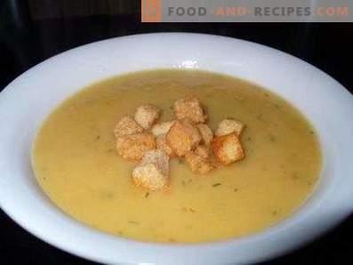 супа од компири со крутони
